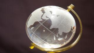 glass_globe_320x180.jpg